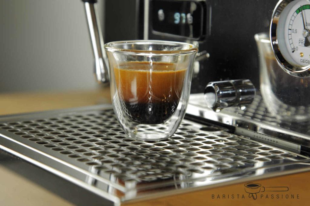 espresso zubereiten - fertiger espresso