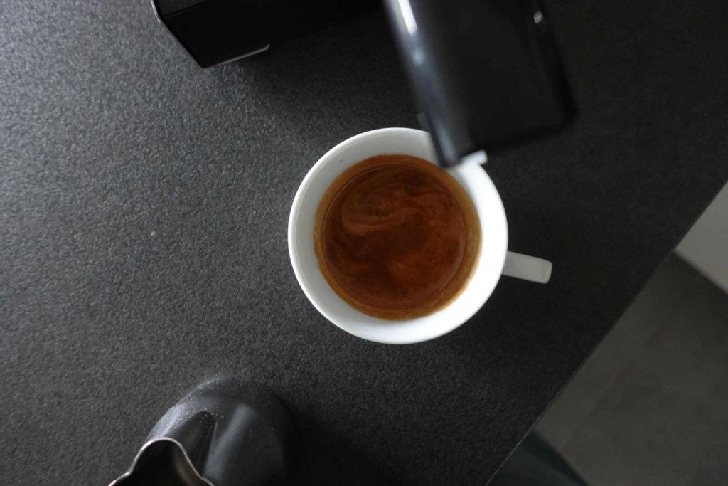 gaggia-classic-im-test-mit-espresso