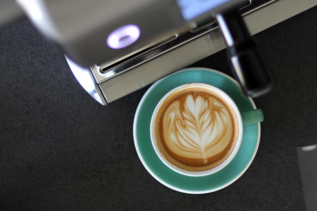 sage-oracle-touch-latte-art